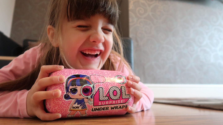 L.O.L Surprise! Eye Spy Under Wraps {Review}