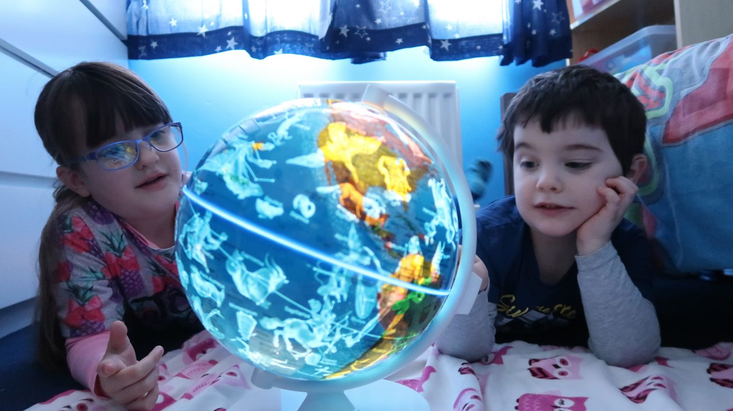 kids with illuminated constellations smart globe